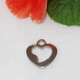 Nemesacél szív alakú charm fityegő