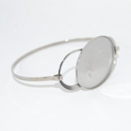 Stainless steel bangle blanks with oval caboshon tray
