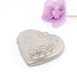 Nemesacél szív alakú nyitható medál szelence