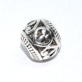 Ezüst színű kelta mintás köztes gyöngy