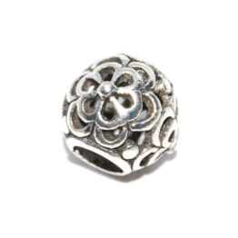 Ezüst színű virágos köztes gyöngy
