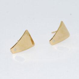 Trapéz arany színű nemesacél bedugós fülbevaló alap bővíthető